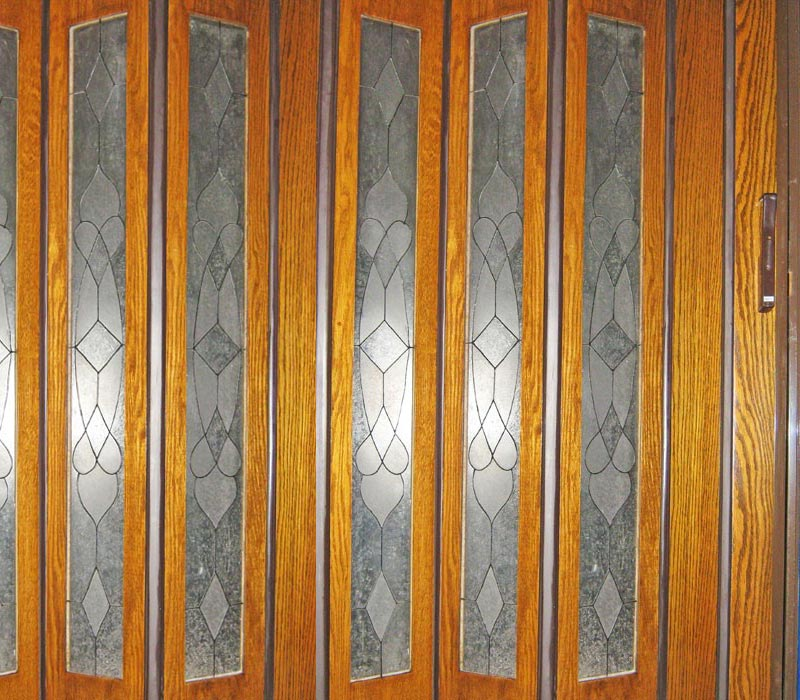 Wood veneer with large Frosted decorated inserts (one piece/panel)