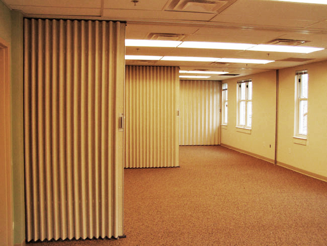 Acoustical folding partition
